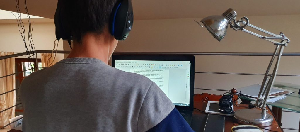 didattica-a-distanza-scuola-digitale-scaled-ondzj3rrm2aaxsg1kywb83n38c20wsoa4u7x4l236c